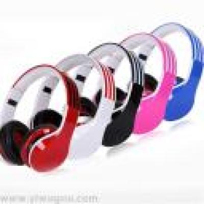 The new headset Bluetooth headset headset headset ST-410 plastic fittings factory direct wholesale