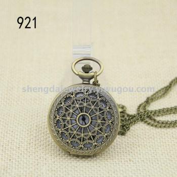 Palace Flower quartz quartz watch large spider flip retro Pocket Watch Necklace Watch