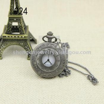 Palace Flower quartz quartz watch Rome flip retro Big Pocket Watch Necklace Watch