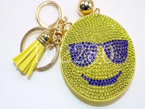 速卖通热卖挂件烫钻钥匙扣包包笑脸表情水晶图粉红小动猪表情包图片