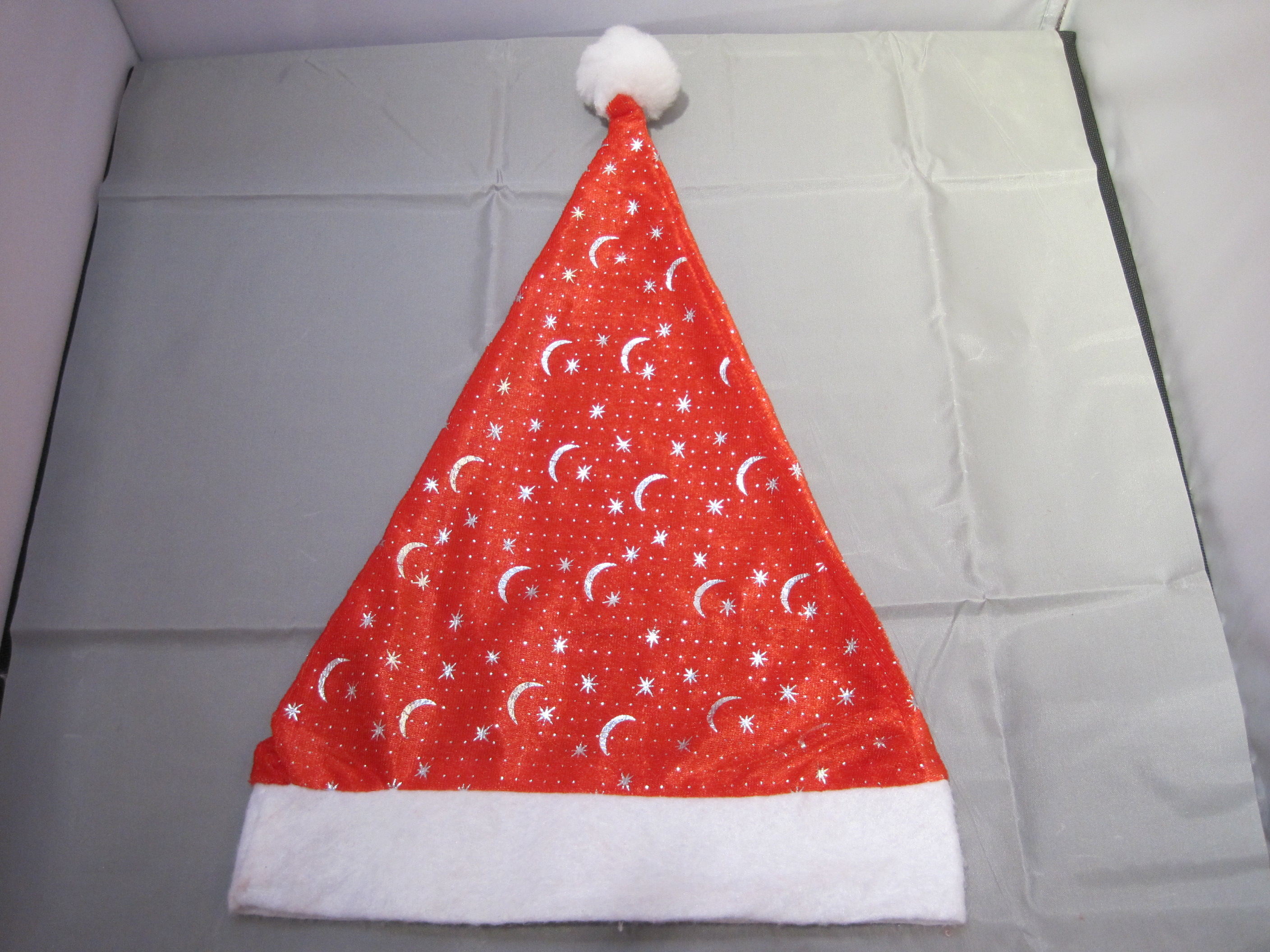 Supply Snow White Christmas hat and Christmas hats for adult children.-