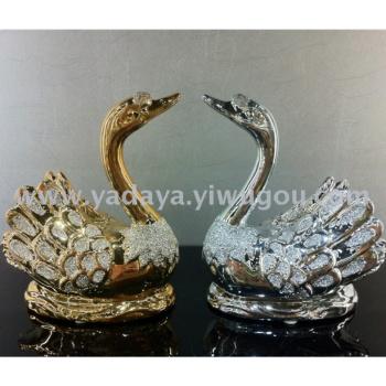 Factory direct creative fashion gifts fine ceramic ornaments