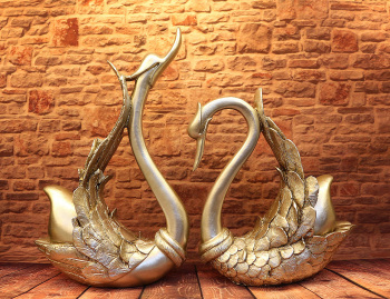 Continental antique silver plating process home decoration ornament couple Swan Yiwu factory outlet Downey arts and crafts