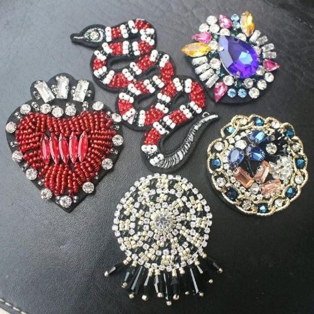 太阳花亚克力串珠,粉钻,手工串珠蛇,新款红色桃心