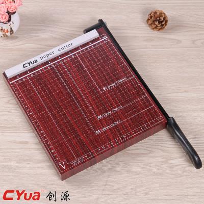 A5 cutting machine wood manual cutting paper cutter.