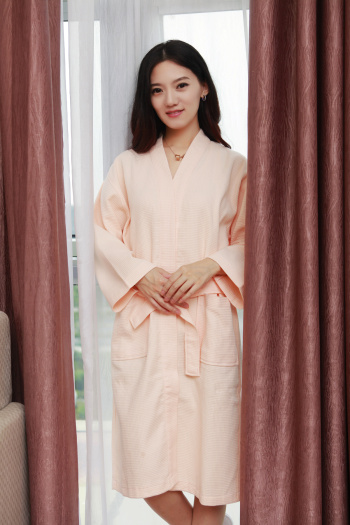 Five star hotel bathrobe bathrobe thickened cotton can be embroidered LOGO SPA beauty lovers