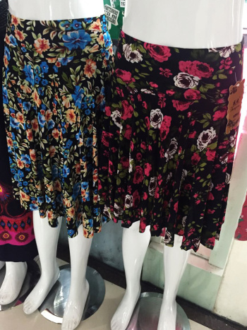 Spread the supply of middle and old age (Harlan waist) half-skirt print skirt plus size