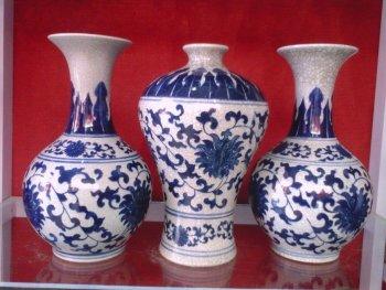 Ceramic flower inserted antique blue and white cloth vase Decoration foreign trade ceramic crafts hand Jingdezhen