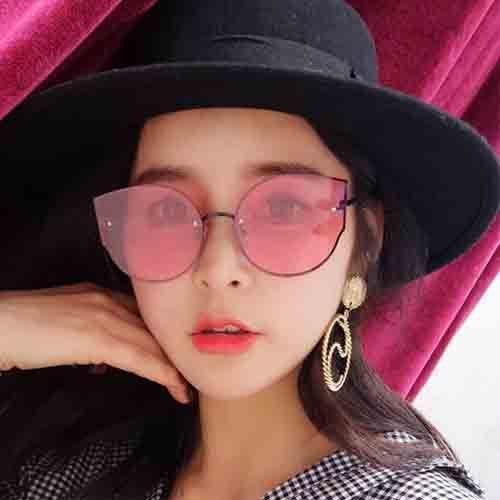 The new European and American cat's eye sunglasses bright sea film street shot sunglasses