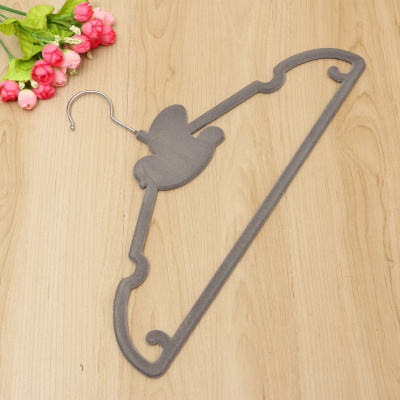 High - end bird flocking hanger anti - slip indistation hanger magic hanger