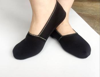 early education Korean version of Ms. anti-skid dispensing floor socks invisible boat socks exports