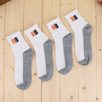 Factory direct foreign man and Taobao goods donated socks men's sports socks foot socks
