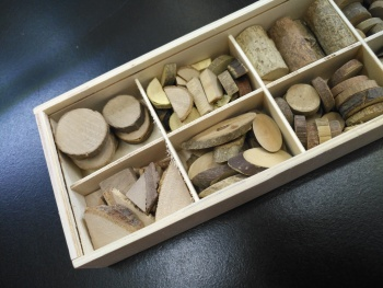 Wooden box simulation Chinese medicine model boxed tree root wooden toys