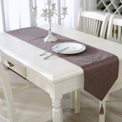 The new diamond spot fashionable and simple upscale living room is decorated with drill table flag table mat.