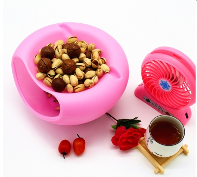 Double-layer creative melon seeds plate fruit candy plate storage lazy dried fruit plate plastic Kegua son artifact