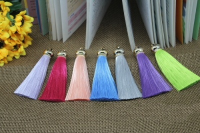 Small polyester fringed curtains ear costume ears Keychain bag accessories ice-silk tassel 70mm