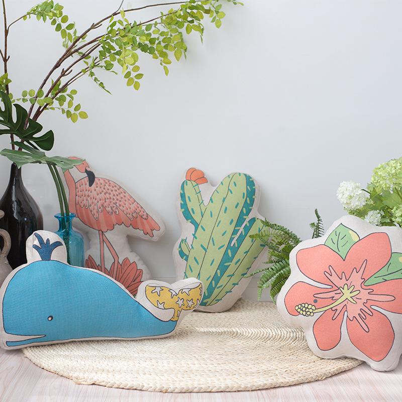 可爱卡通异形抱枕沙发抱枕靠垫汽车枕儿童抱枕创意仙人掌抱枕西瓜