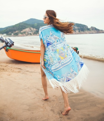 Wholesale new white tassel beach bikini outside blouse sunscreen cardigan pretending (pattern not positioning cut