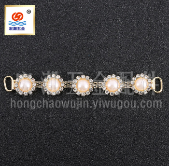 Supply fashion diamonds deduction alloy resin shoes chain swimsuit accessories
