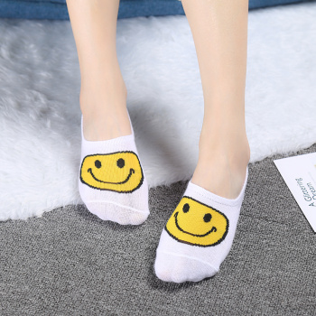 Summer women new cartoon smiley face  shallow mouth socks invisible socks breathable comfortable cotton socks wholesale