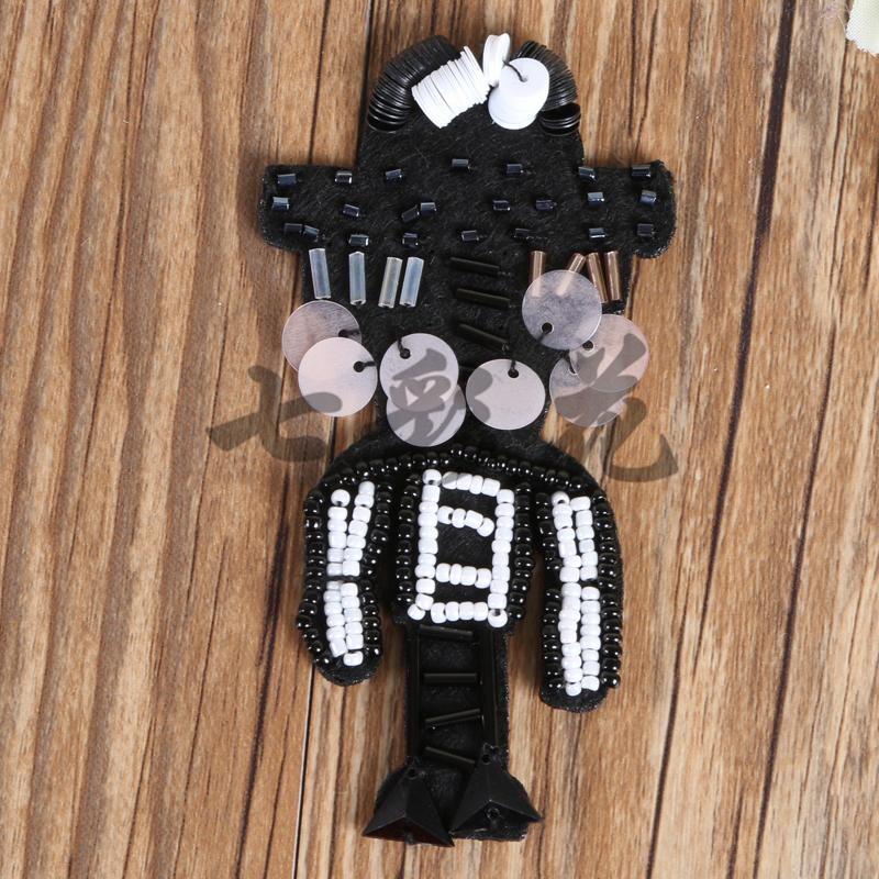 厂家直销 立体动物卡通人偶手工钉珠装饰布贴 服装辅料