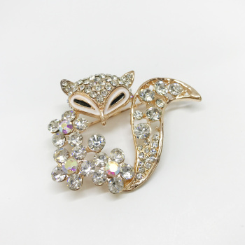 Japanese and Korean version of cute little animals Xionghua business couple gift high - grade brooch