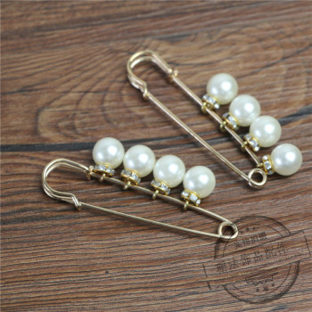 Brooch jewelry accessories accessories pins through the beads pin brooch jewelry