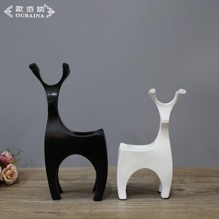 现代简约 黑白抽象鹿 工艺品摆件