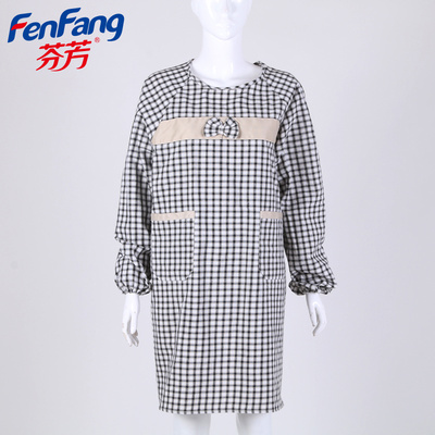 Korean version of the sleeves apron cover plaid apron anti - pollution kitchen apron factory direct
