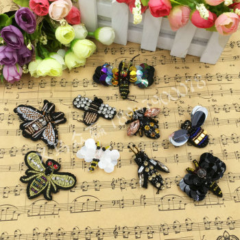 Embroidered sequins beaded hand sewing beads bee cloth paste high-end clothes small bees decorate cloth patch