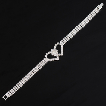 Europe and the hot new claw chain set rhinestone bracelet beautifully simple wind cross ladies bracelet jewelry