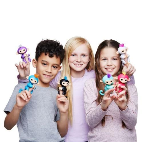 Fingerlings in advance children's toys, electronic smart touch finger toy monkey fingers stay cute monkey baby