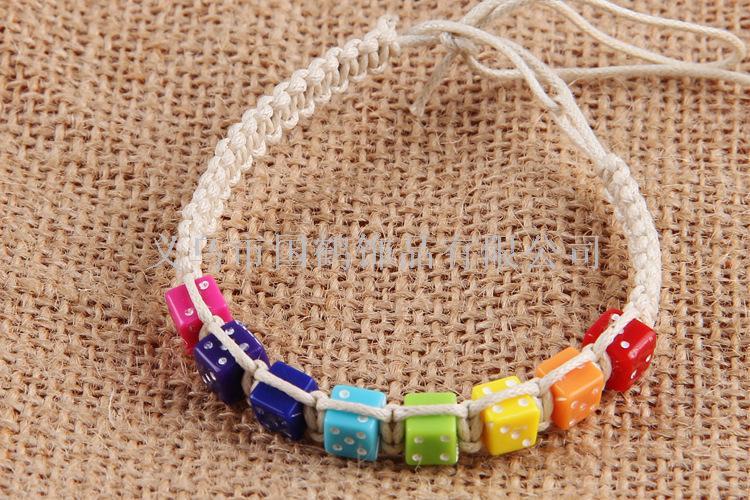 塑料骰子手工编织彩绳手链