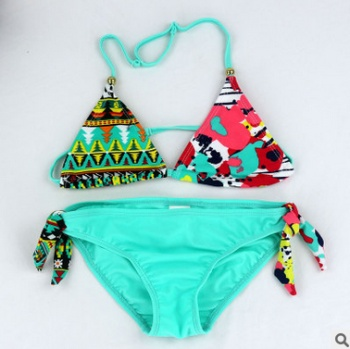 Swimsuit wholesale children's bikini swimsuit girl's body swimsuit the new style of foreign trade