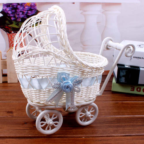 Four wheeled car jewelry basket basket blue basket new with handrails shopping cart decoration crafts