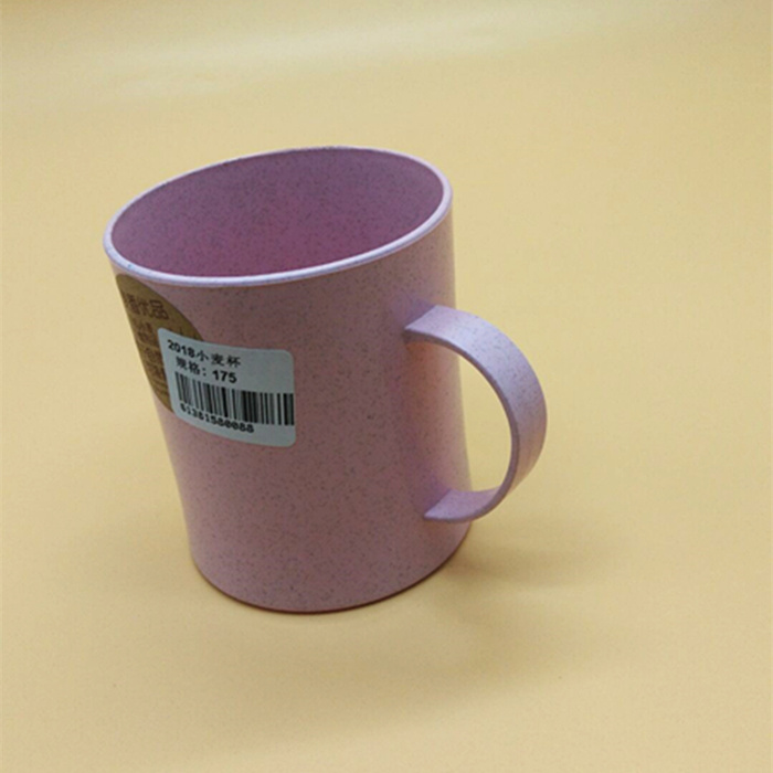 Supply 2018 Cup wheat creative home plastic cup children's