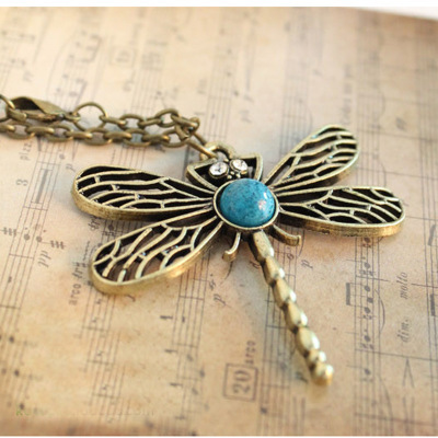 Europe and the United States jewelry wholesale retro dragonfly hollow necklace inlaid diamond jewelry sweater chain