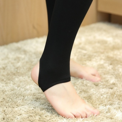 Autumn and winter plus velvet thick warm pants foot leggings warm pants