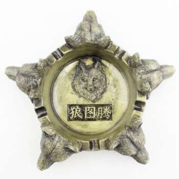 Creative personality Ashtray Resin Crafts Decoration Living Room Business Wolf Totem Ashtray