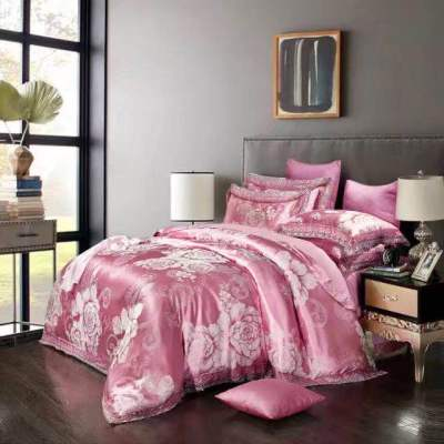 Silver pigeon home textiles four sets of luxury wedding bedding sets factory direct
