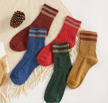 Thickened warm woolen socks blended with two or two women's thick thread pile socks