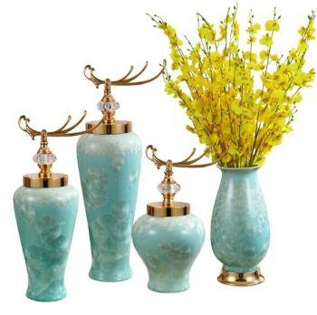 Upscale new Chinese porcelain vase