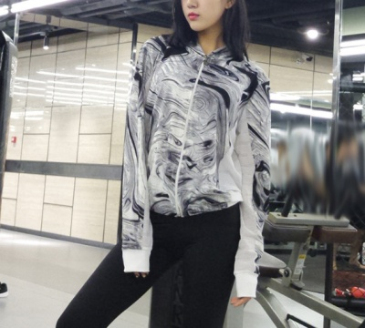 Qiudong new print running sportswear fitness smock of the body of the garment and the running jacket girl