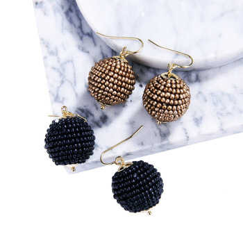 Temperamental simple rice ball lady small earrings the European and American fashion cross - border accessories factory