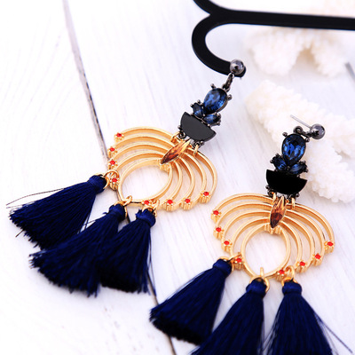 Elegant and diamond hollowed-out blue tassel earrings earrings earrings in European and American fashion