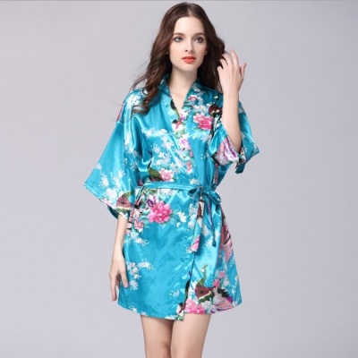 Women's wear in peacock gown with silk pajamas in the summer silk gown