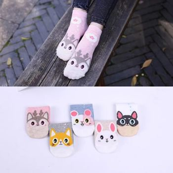 Socks big cartoon female shipping socks manufacturer sells socks wholesale.