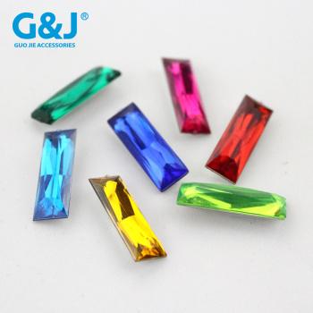 Acrylic tip long square  diamond pyramid of acrylic diamond jewelry accessories wholesale.