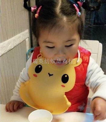Silica gel waterproof baby's bib for children's bib.