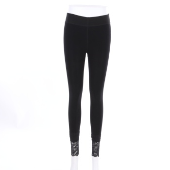 Autumn and winter wear extra thick outer wear leggings.
